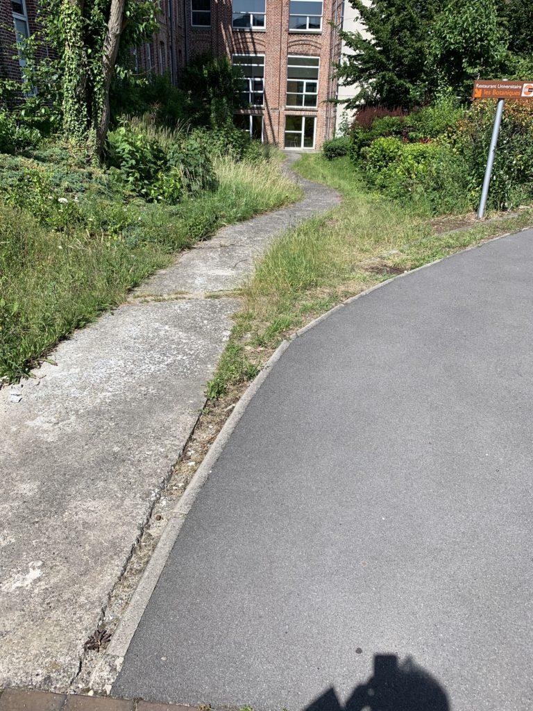 Rampe existante descente non-conforme IUT à Tourcoing